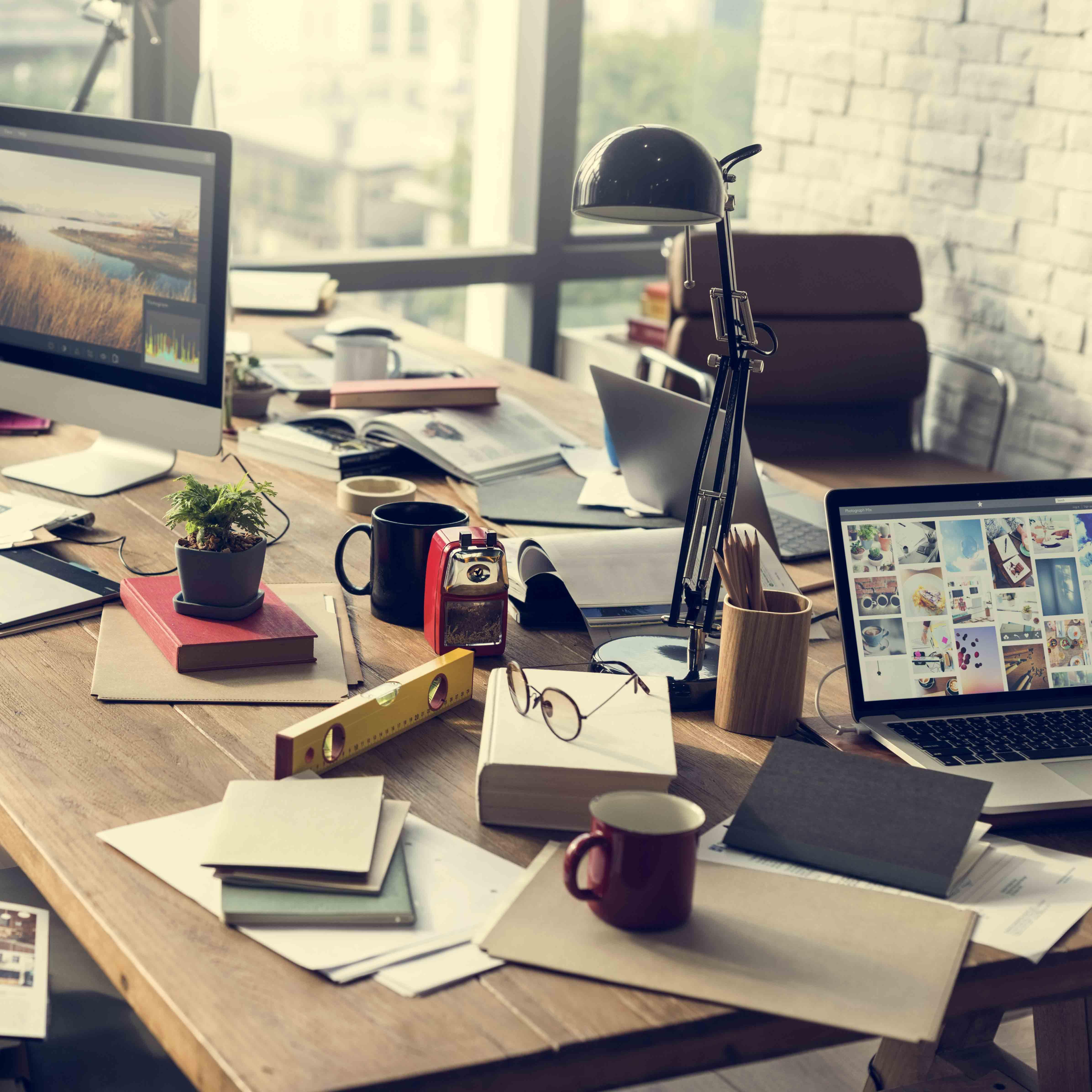 Während Die Technologische Entwicklung Ständig Voranschreitet, Wird Auch  Das Homeoffice Ständig Beliebter. Auch Weil Ein Angestellter, Der Von  Zuhause Oder ...